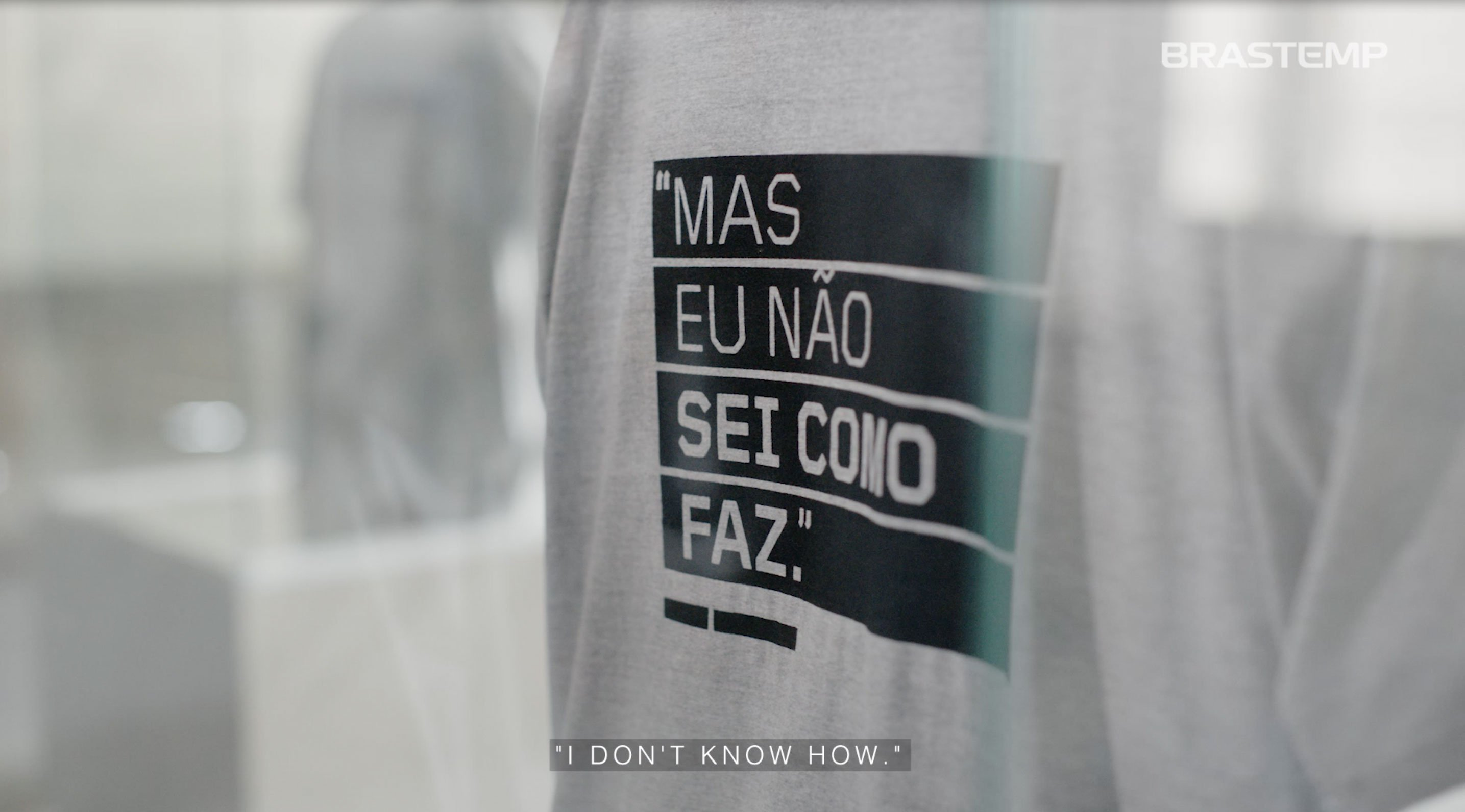 """""""I don't know how"""" t-shirt"""
