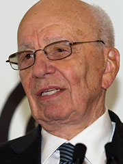 News Corp.'s Murdoch Said to Consider Splitting Company
