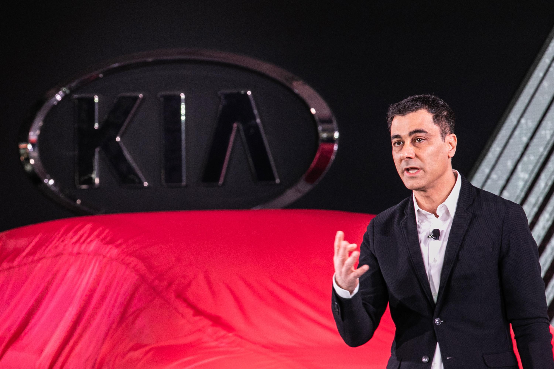 Kia marketing hed steps down.