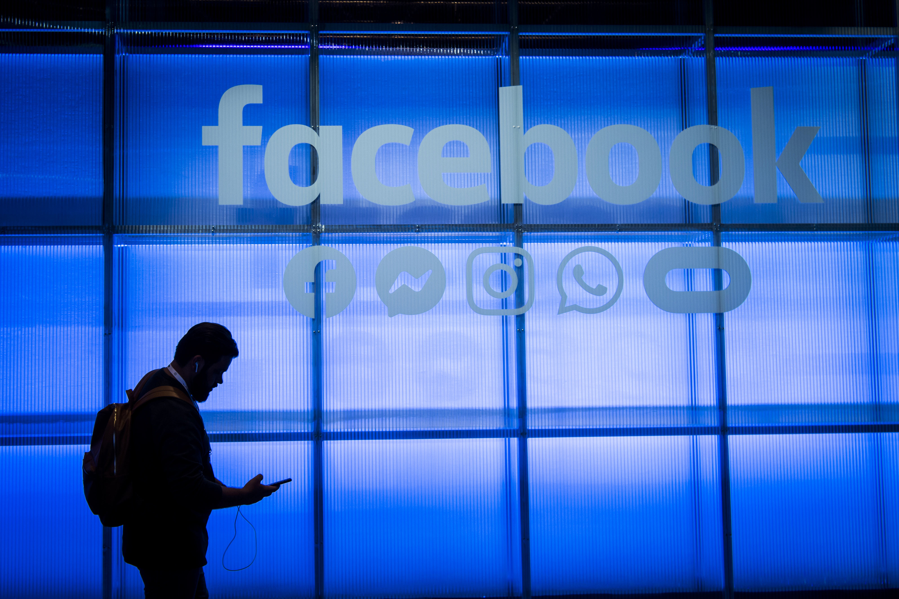Facebook's $5 billion privacy settlement approved by U.S. Federal Trade Commission after Cambridge Analytica scandal