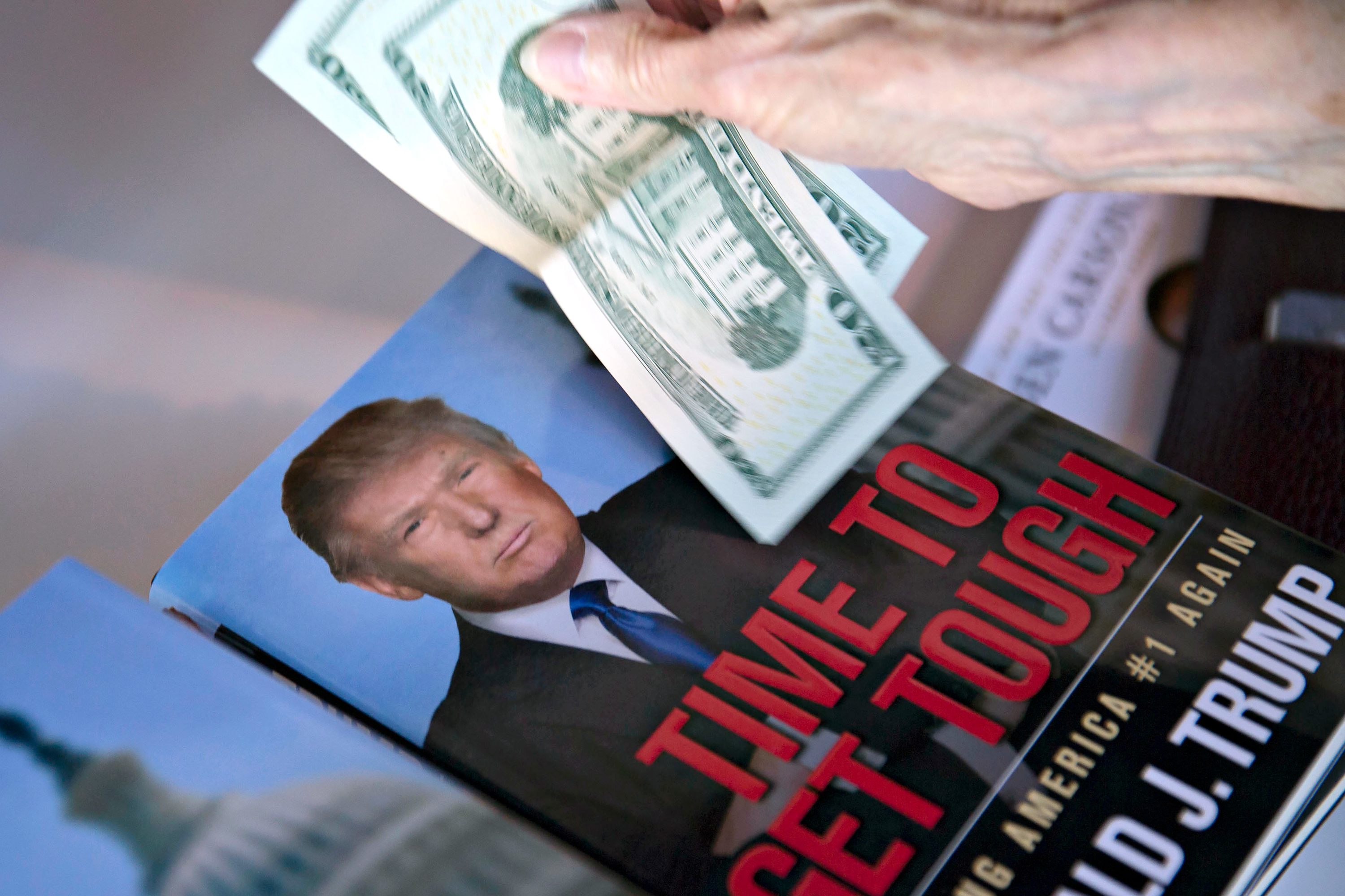 Trump must face suit over alleged multilevel marketing fraud