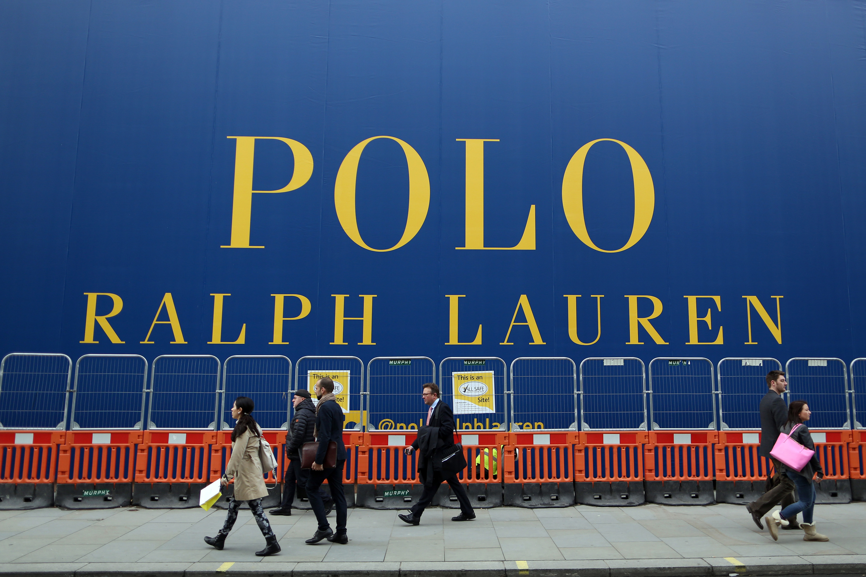 Ralph Lauren reported an uptick in sales as it invests more in marketing to younger consumers.