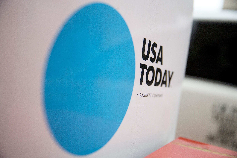 New Media buys Gannett $1.38 billion dollars price USA Today Lee Enterprises McClatchy Tribune Publishing local newspaper giant daily news MNG Enterprises Bloomberg
