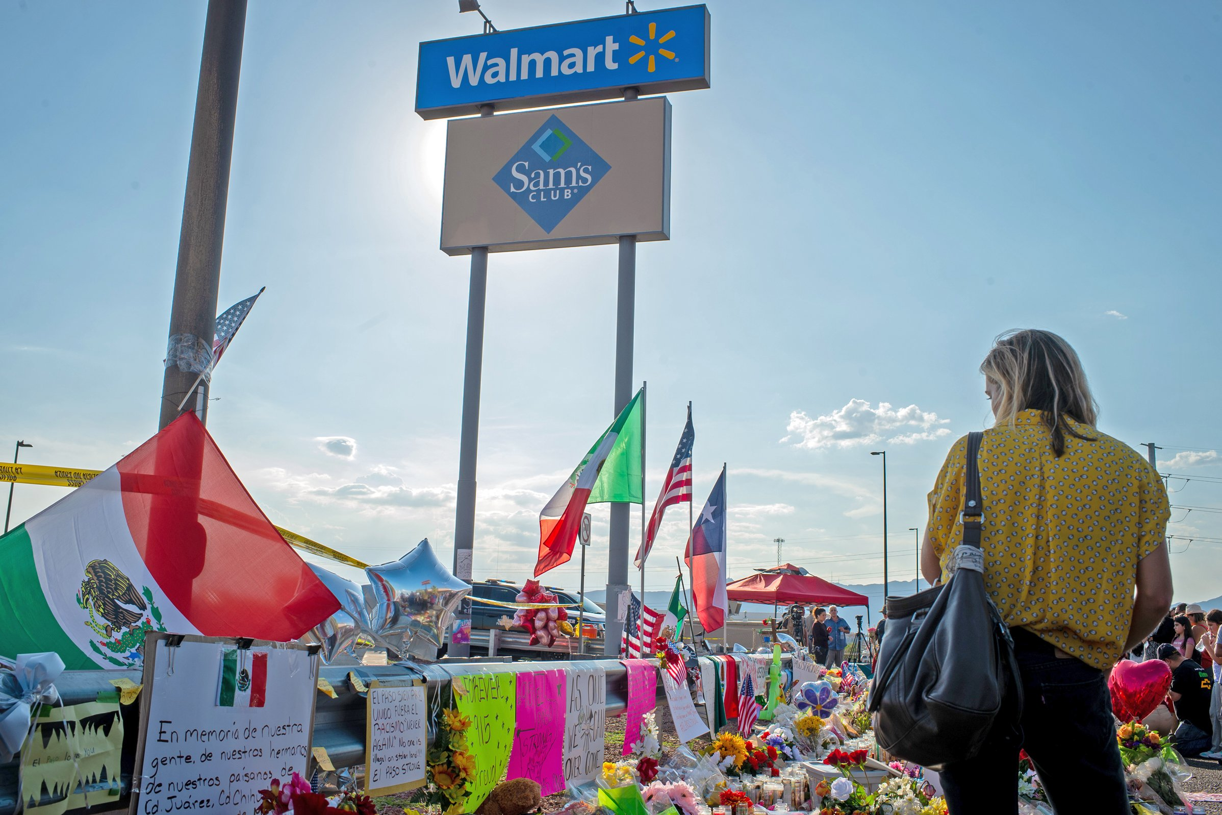 Walmart content to be No. 4 in U.S. gun sales—and might do better even lower