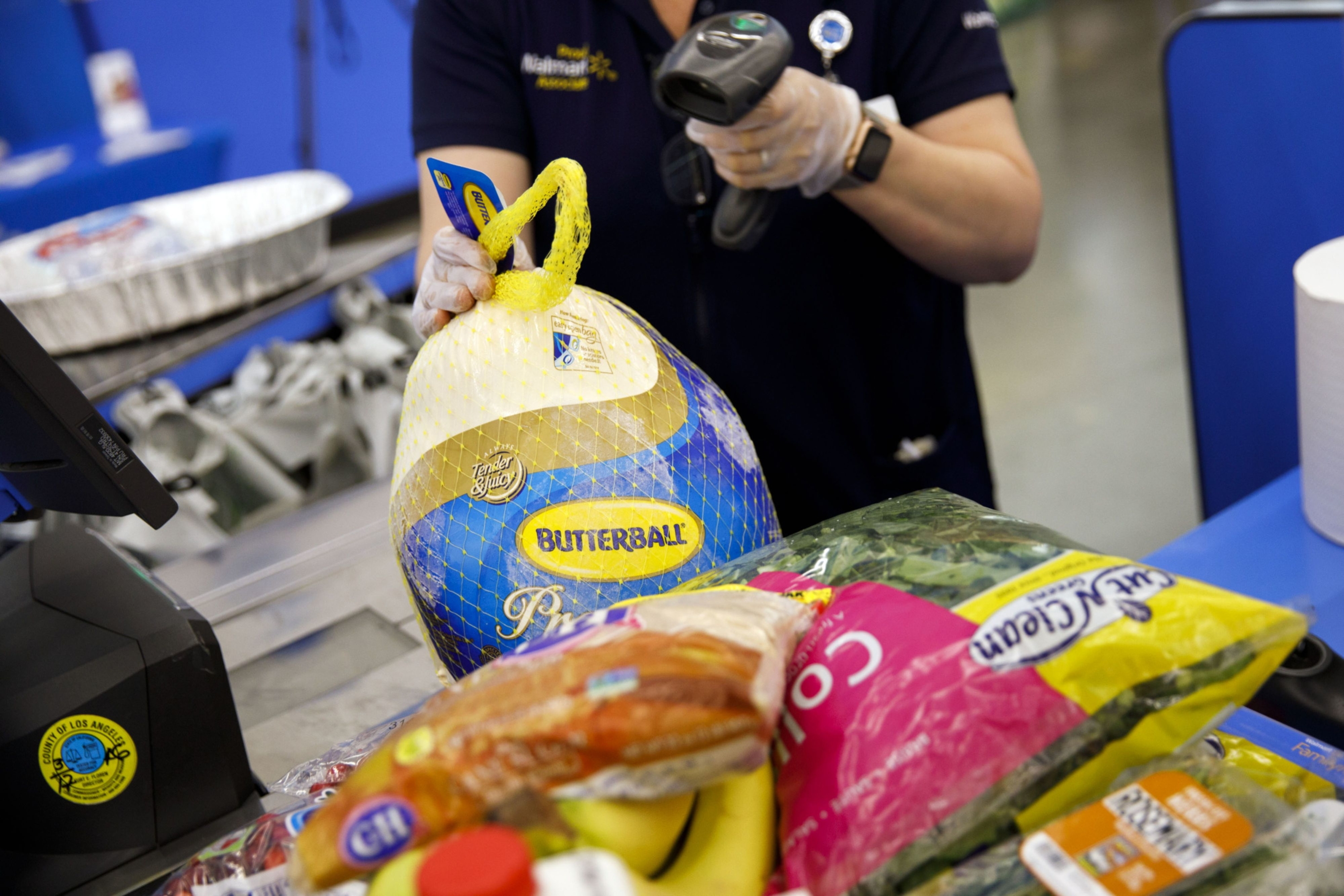 Butterball's turkey help hotline is bracing for thousands of calls tomorrow: Wednesday Wake-Up Call