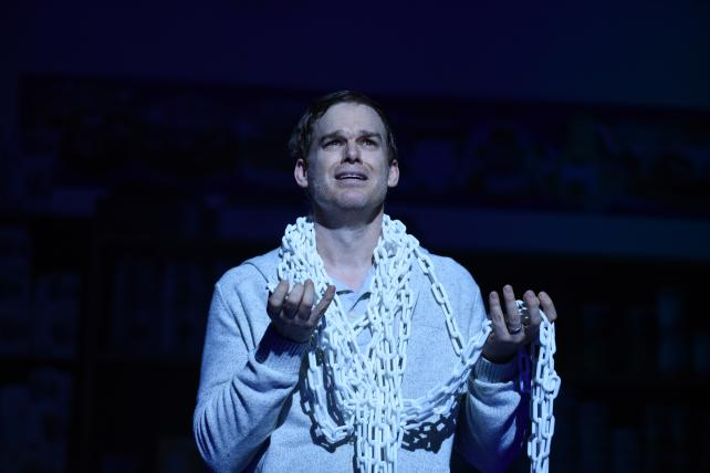 Skittles kills on Broadway, declaring 'Advertising Ruins Everything'