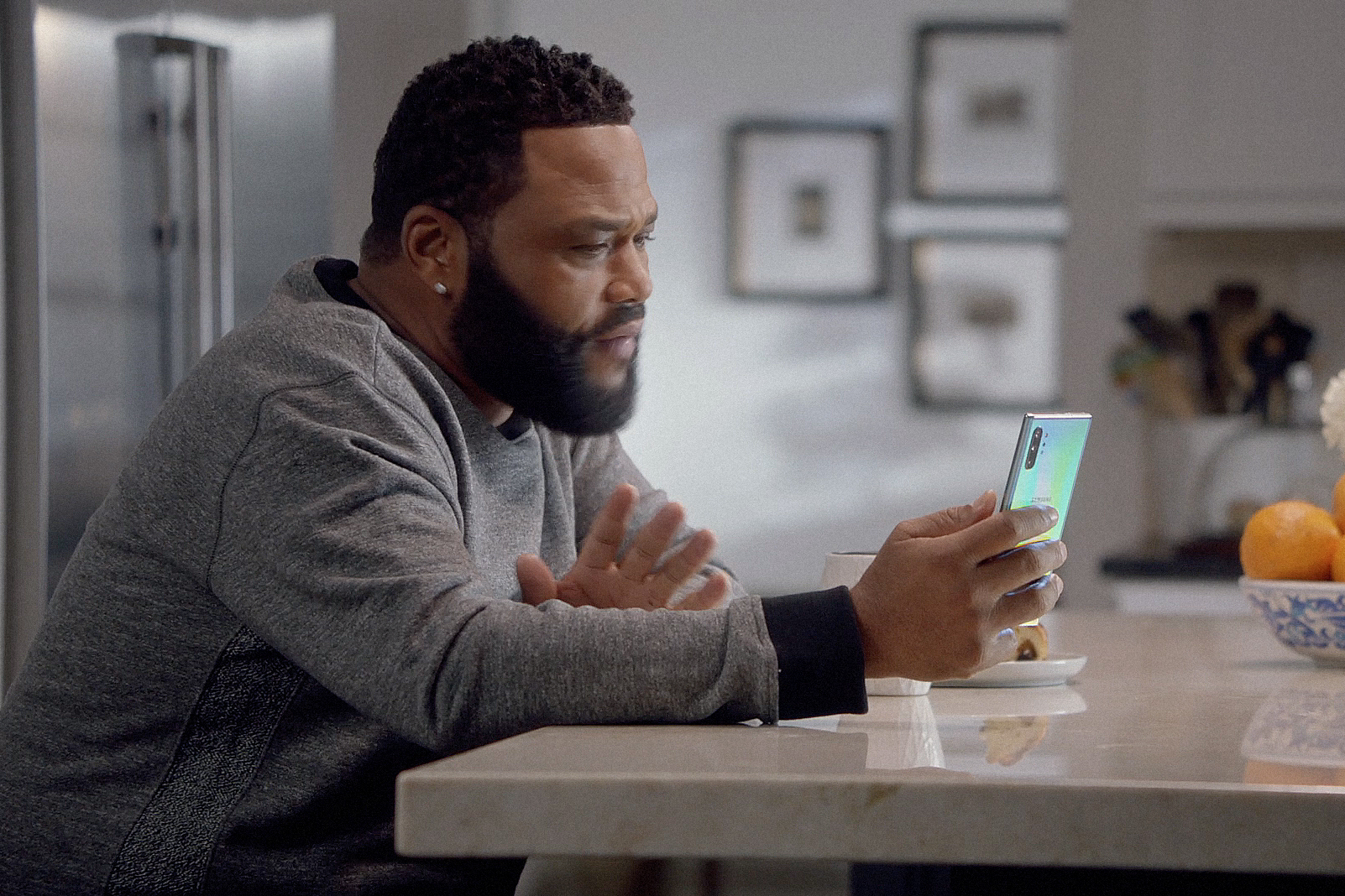 T-Mobile returns to Super Bowl with commercial starring Anthony Anderson