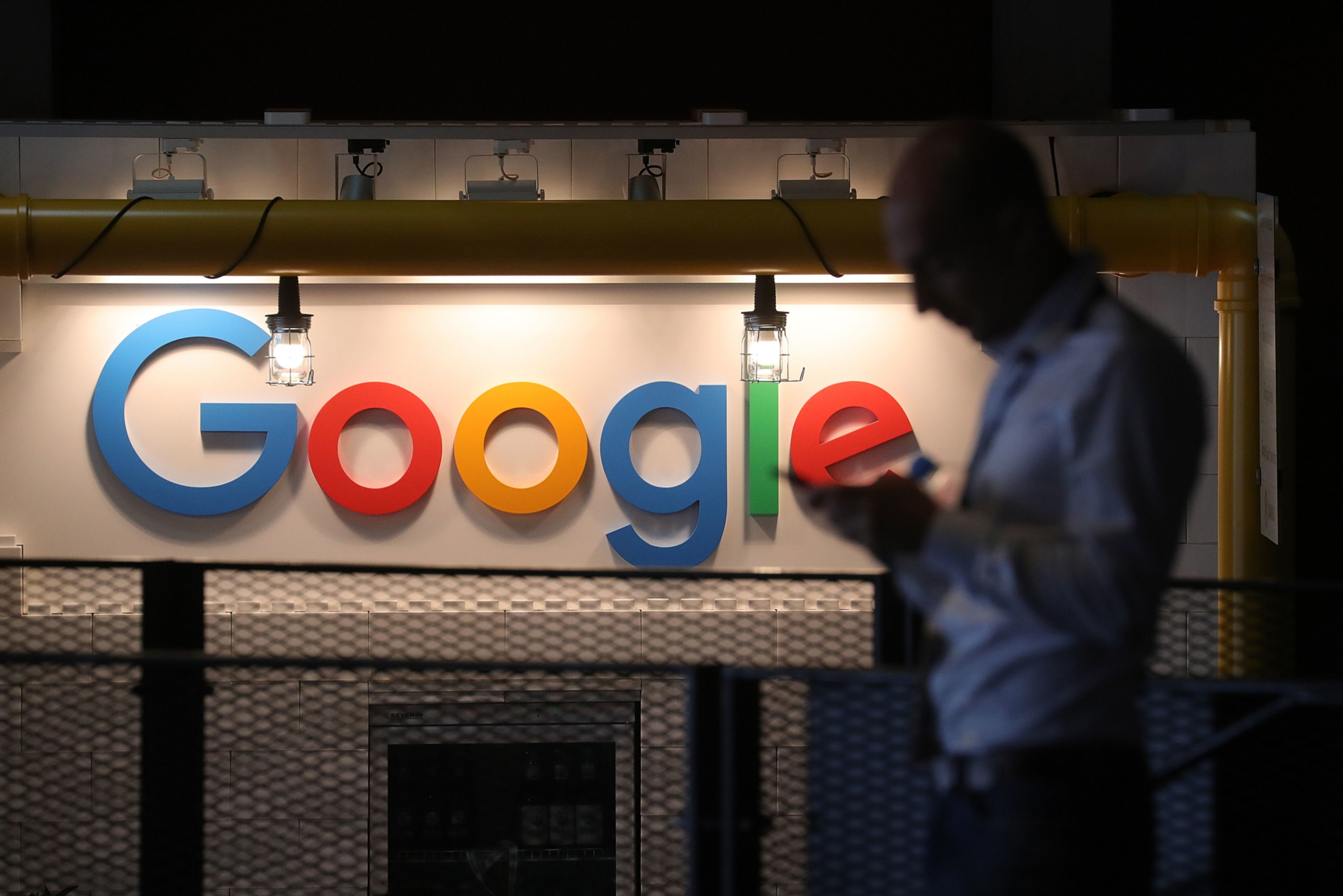 Google faces an EU privacy probe over location tracking