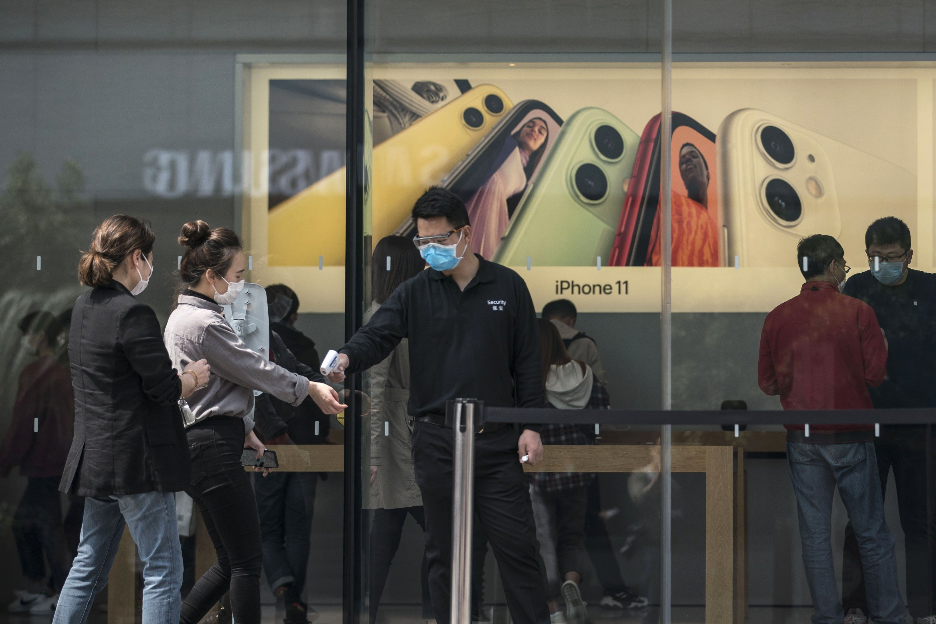 Apple's retail chief sees 'many more' store reopenings in May
