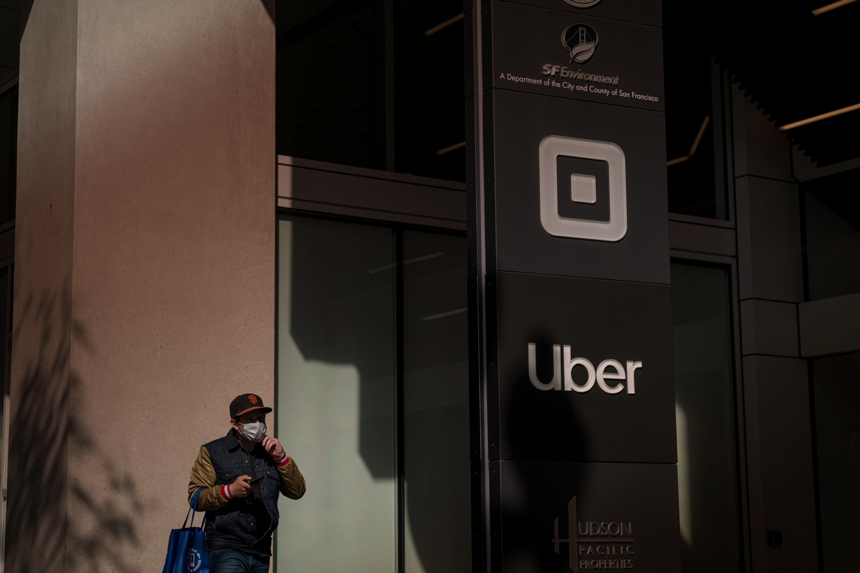 Uber lays off 3,700 workers and The New York Times foresees an ad revenue cliff: Thursday Wake-Up Call