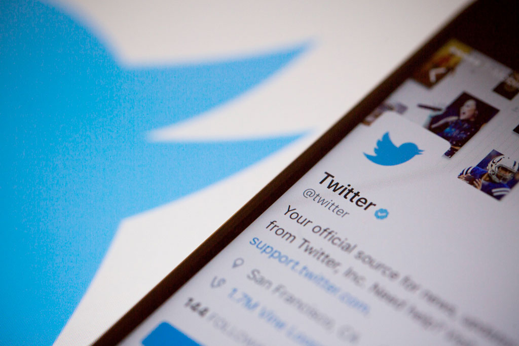 Twitter mistakenly locked accounts that tweeted Star of David