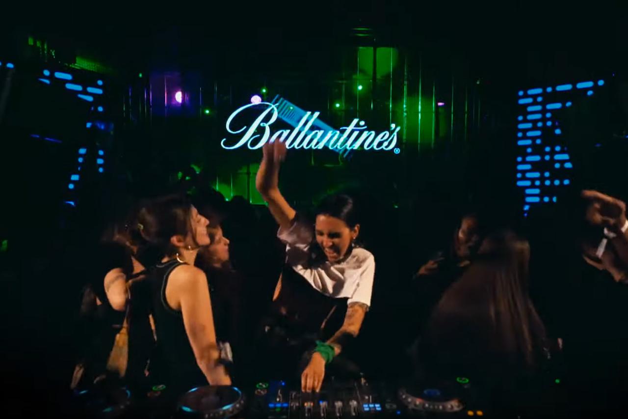Ballantine's: Stay true