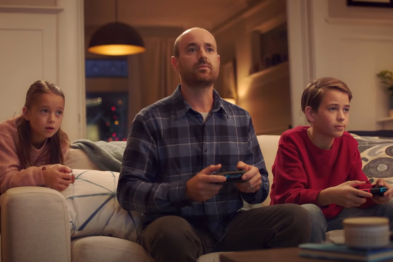 Watch the newest commercials on TV from Duracell, Nintendo, Burger King and more