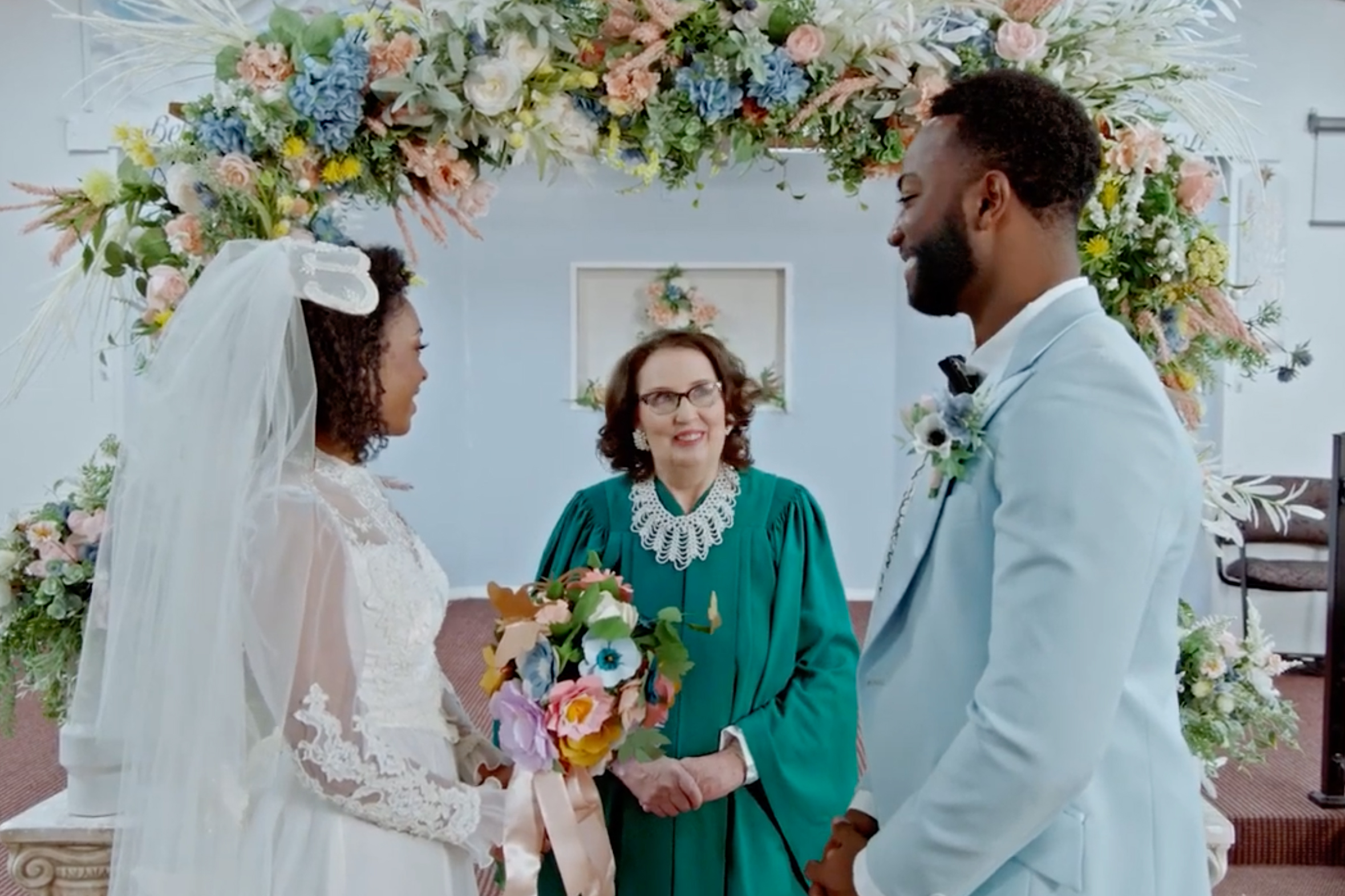 Phyllis from 'The Office' is back as an impromptu wedding planner in Joann's latest crafting video