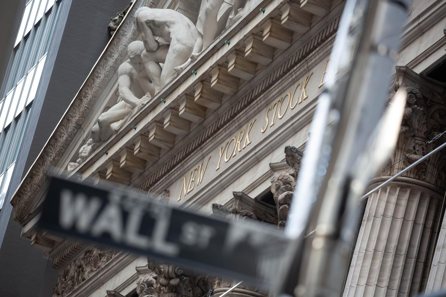 Wall Street's frothy mood smacks brands like Macy's and Blockbuster, and Facebook jabs Apple: Thursday Wake-Up Call