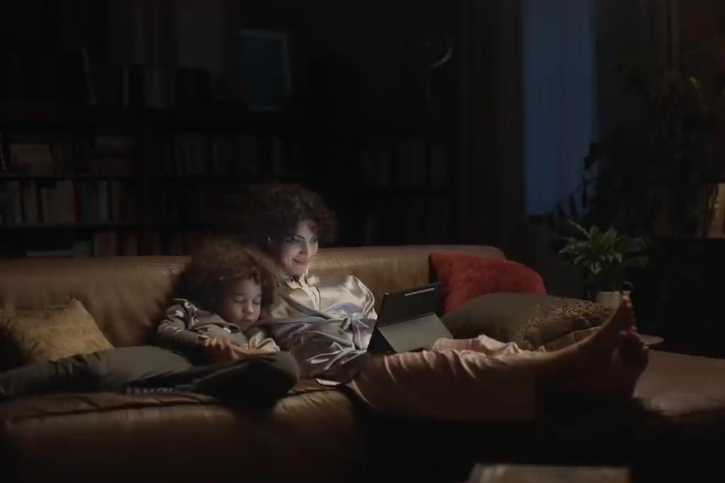 Samsung: Work is better with play