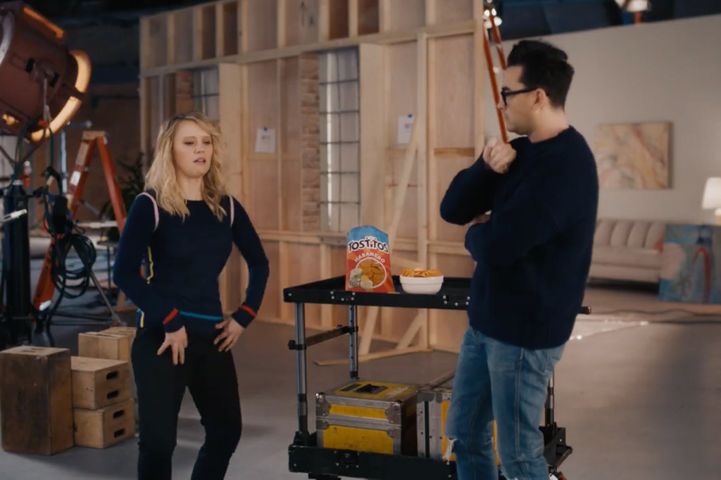 See Dan Levy and Kate McKinnon compete to describe Tostitos Habanero's spiciness
