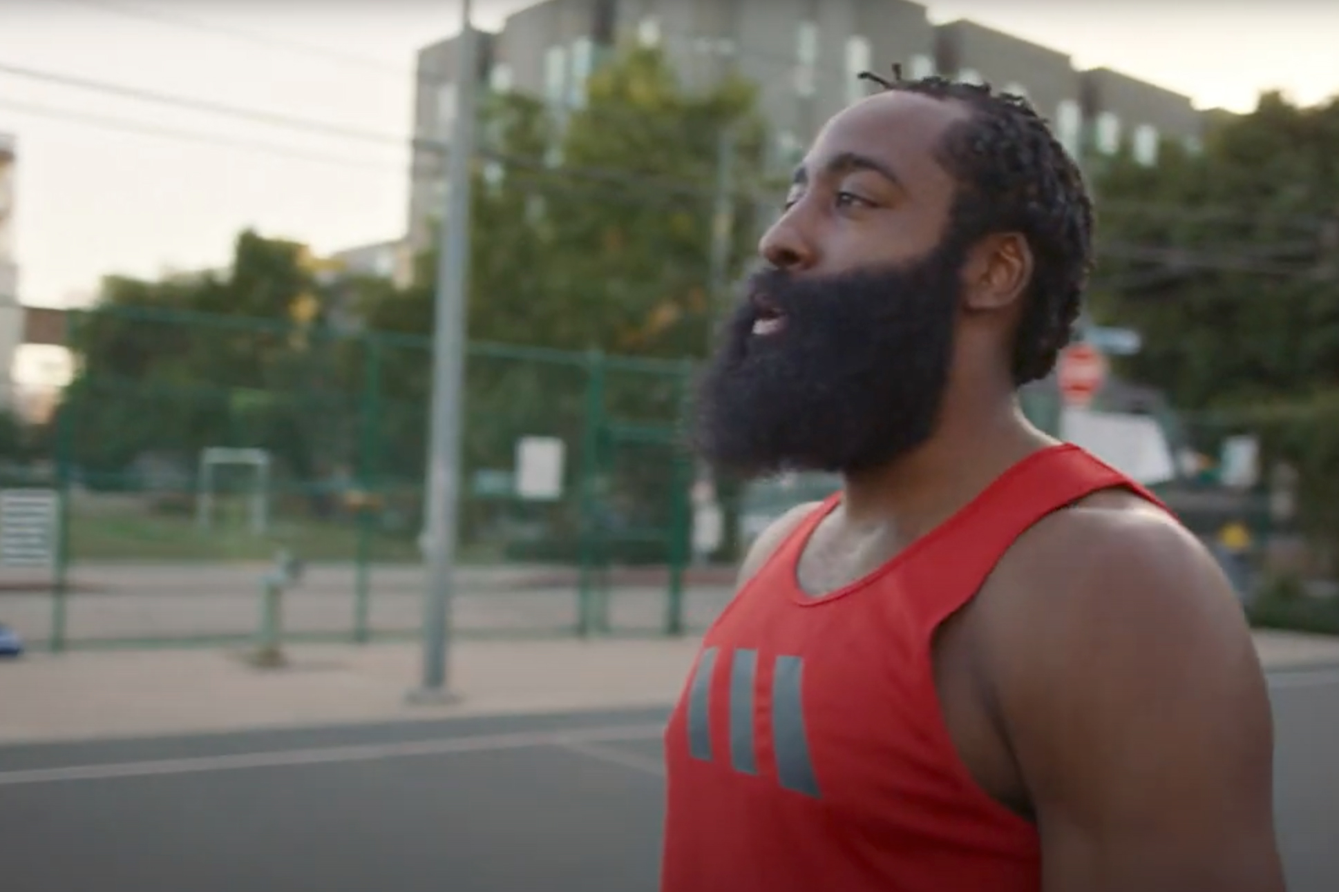 Watch the newest commercials on TV from Tylenol, Bodyarmor, AT&T and more