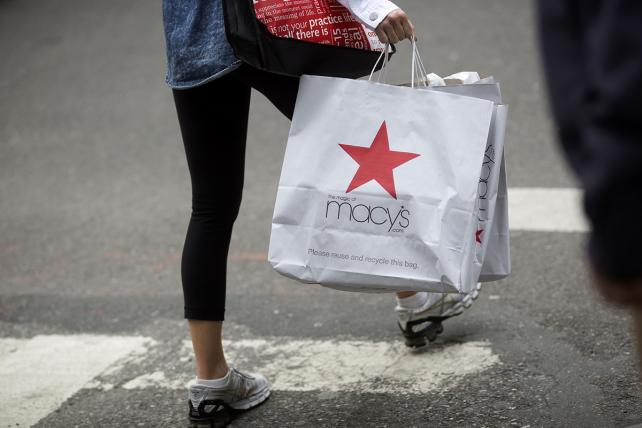 Shoppers Aren't Rushing to Return Gifts, Making Merchants Jolly
