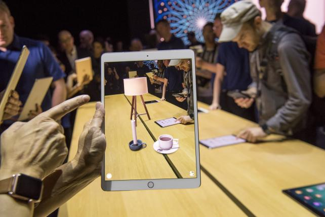 Apple's Billion Devices Give Its Augmented Reality the Edge Over Google