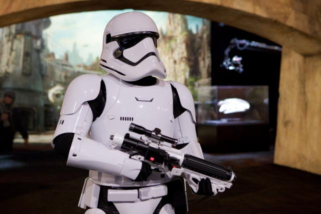 Disney Plans a 'Star Wars' TV Show for Its New Streaming Service