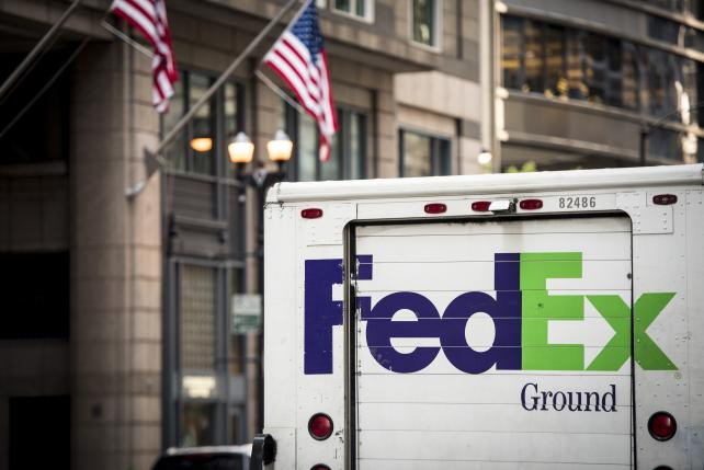 FedEx Will Keep NRA Discounts Despite Calls for Boycott