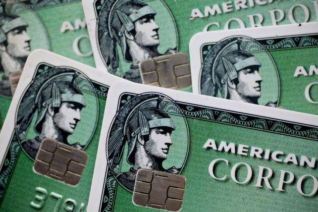 AmEx will issue credit card for Amazon