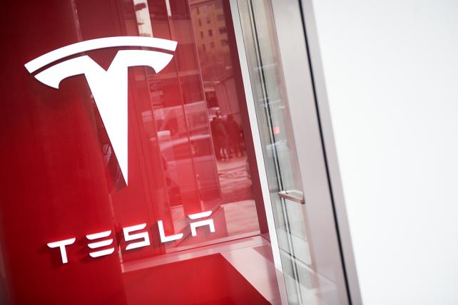 Tesla asks for factory volunteers to prove 'haters' wrong