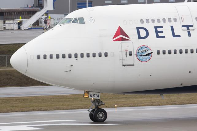Delta Rethinks Deals for Any 'Divisive' Group Amid NRA Fray