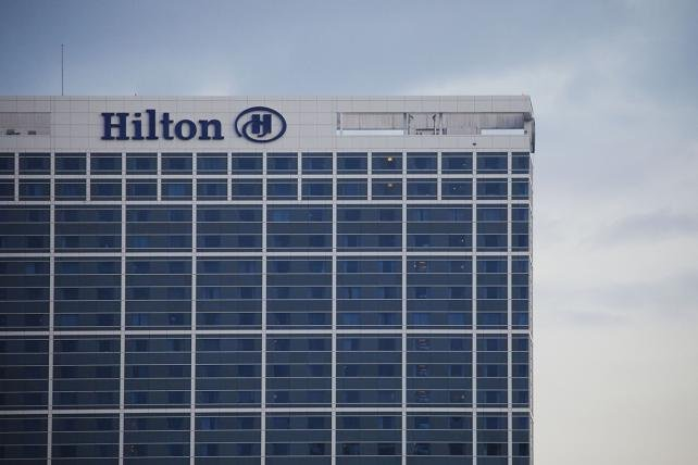 Hilton taps MediaCom for global media after closed review
