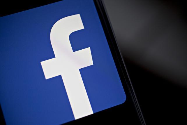 Marketers shrug amid Facebook-Cambridge Analytica fallout