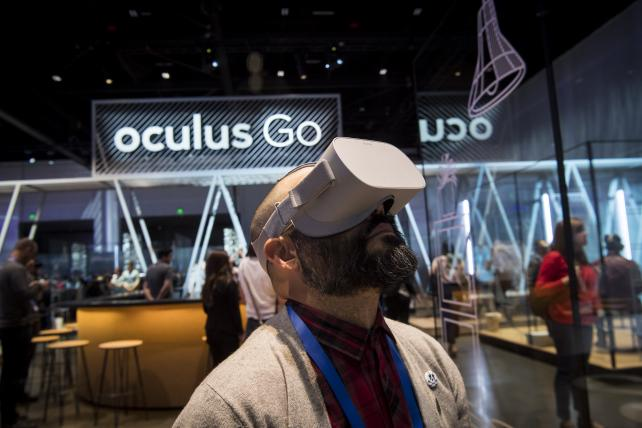 Oculus Go and Spectacles show how opposites distract
