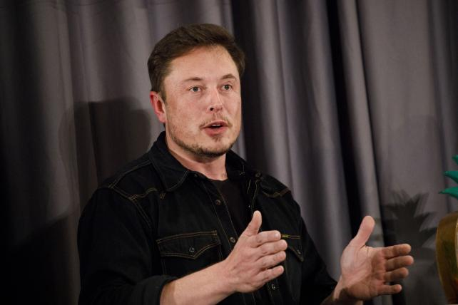 Elon Musk pledges to pay for clean water in Flint, Michigan