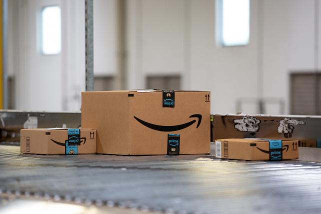 Amazon doles out freebies to juice sales of its brands