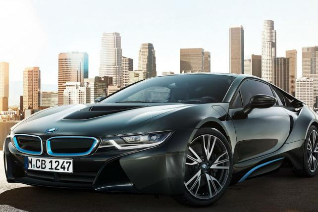 BMW Hopes for High-Tech Halo With i8-Focused Ad Campaign
