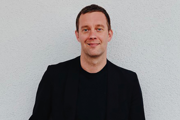 Cheevers joins TBWA/MAL from Droga5