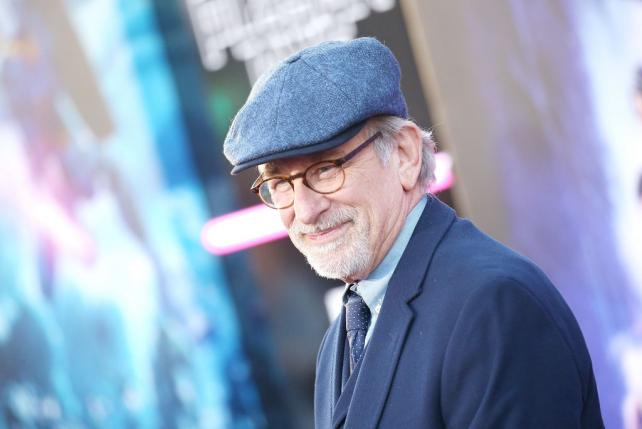 Wake-Up Call: Steven Spielberg nixes Carl's Jr.'s plans