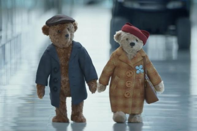Heathrow Joins the Viral Video Chart With Unbearably Cute Bears' Arrival