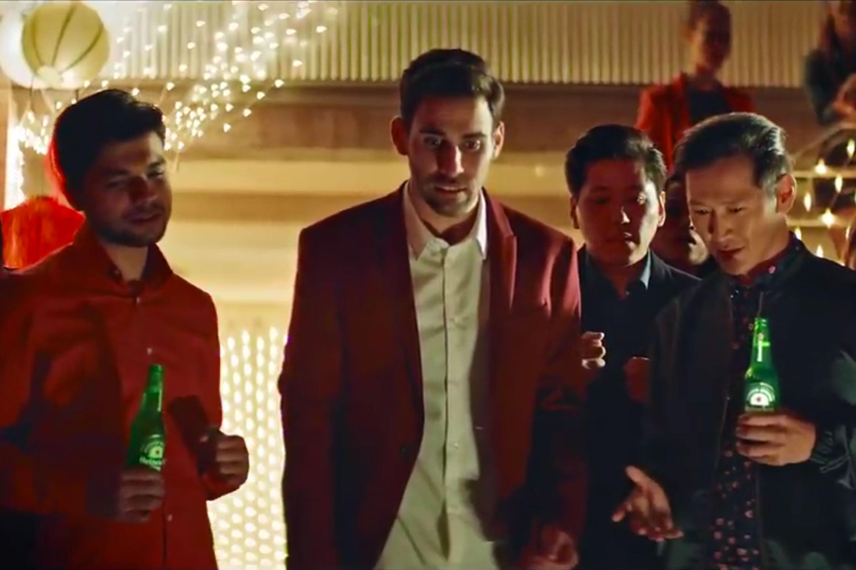 Heineken: Holiday Troubles