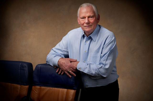 Southwest founder Herb Kelleher dies