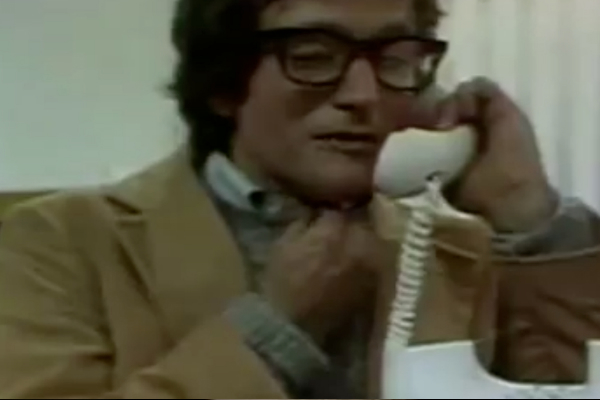 Robin Williams Remembered in Commercials