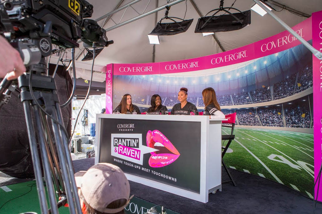 COVERGIRL: The First-Ever All-Female Football Pregame Show