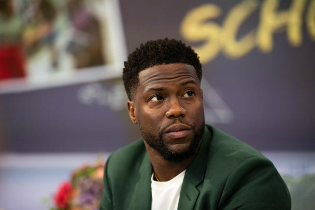 Wake-Up Call: Kevin Hart drops out of the Academy Awards