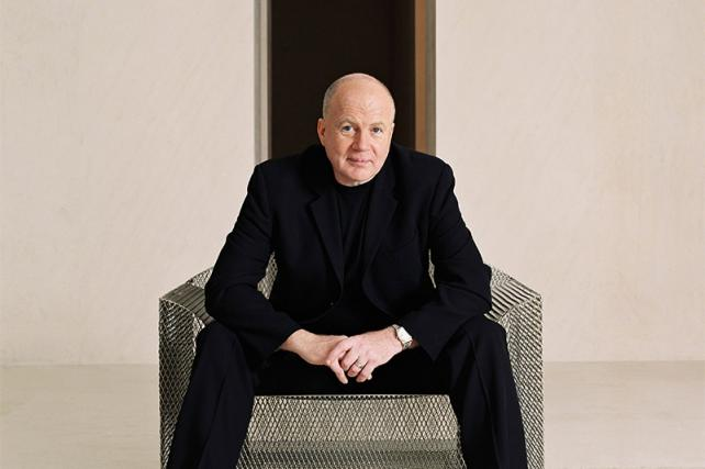 Saatchi Chairman Kevin Roberts Asked to Take Leave After Gender Comments