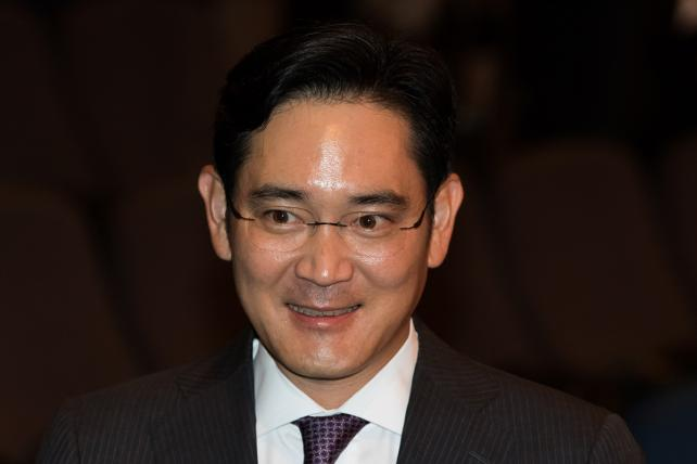 Samsung Heir Apparent Jay Y to Join Board as Note 7 Crisis Deepens
