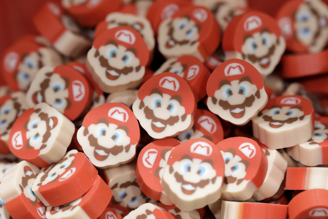 Coronavirus hits Nintendo and Domino's channels 'Cheers': Monday Wake-Up Call