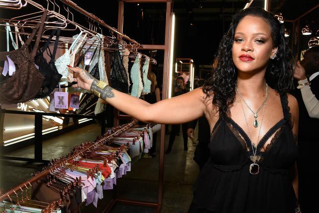 Friday Wake-Up Call: News about Rihanna, Pepsi, Facebook