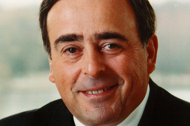 Pioneering PepsiCo CEO Roger Enrico Dies