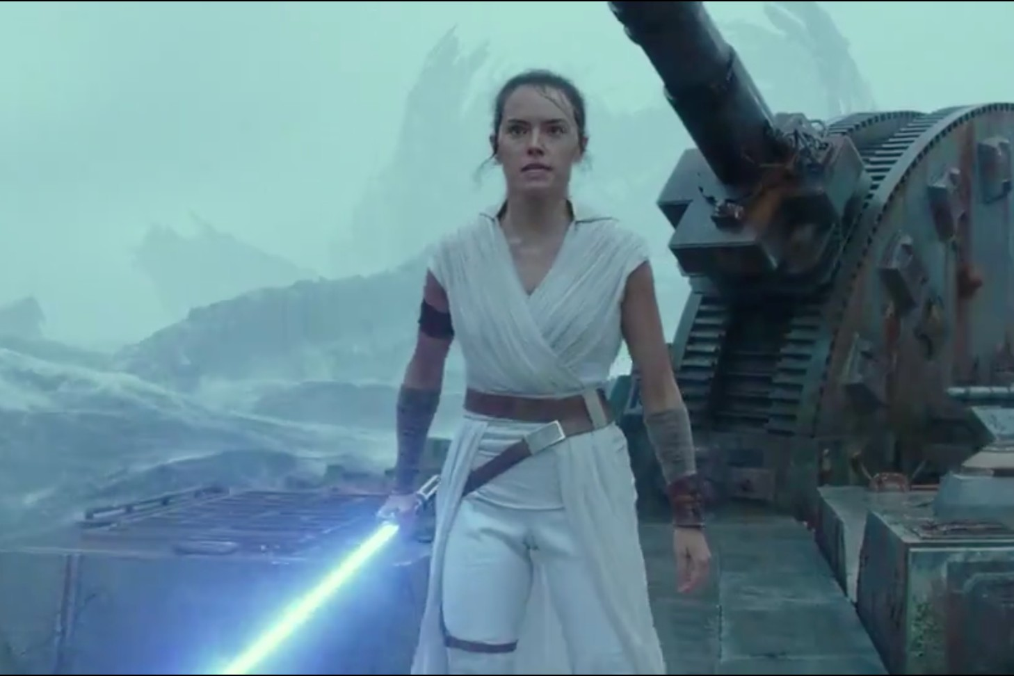 Disney's 'Star Wars: The Rise of Skywalker' trailer airs during ESPN's 'Monday Night Football': Wake-Up Call