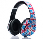 Athletes Sport Not-an-Olympic-Sponsor Beats by Dr. Dre